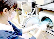 患者さまごとに治療器具を滅菌・消毒